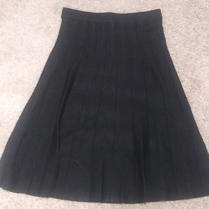 Max Studio Pleated Sweater Skirt Size L